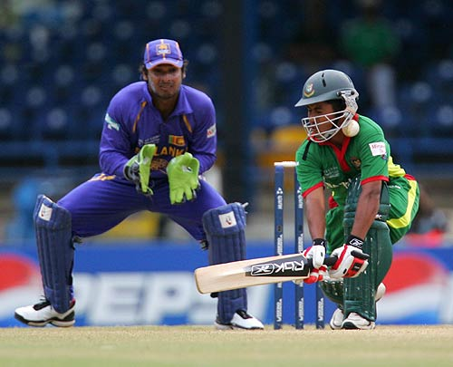 Mohammad Ashraful's 45* was the only bright spot, Bangladesh v Sri Lanka, World Cup Group B, Trinidad